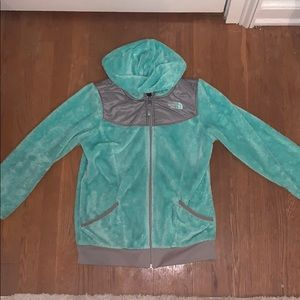 girls north face zip up!